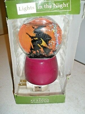 NEW in Damaged Box Lights in the Night Seasons of Cannon Falls Witch Nightlight](Light The Night Halloween)