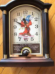 Vintage Mickey Mouse Seiko Quartz Clock With 6 Sing Along Melodies