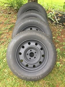 215/65/R16 TigerPaw Winter Tires with Rims
