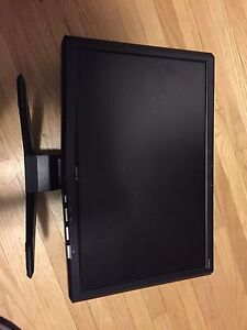 "19""  wide screen Acer monitor in good working condition"