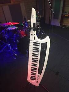 Keytar Roland AX-Synth Booragoon Melville Area Preview