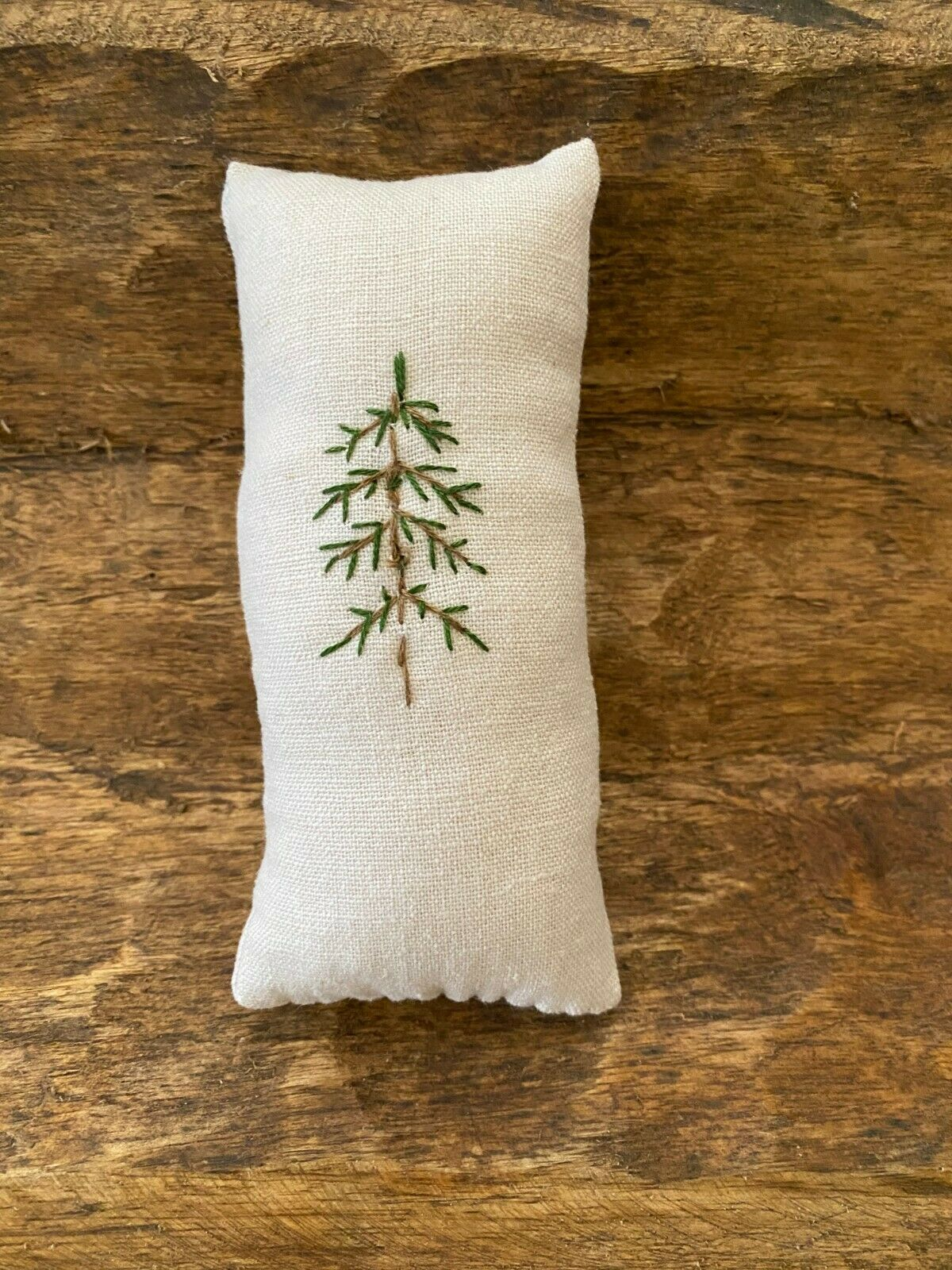 Primitive Stitchery Hand Stitched Christmas Tree Vintage Linen Ornie Farmhouse - $5.99