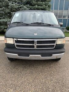 1995 Dodge Ram Van SLT 2500 * Must Sell This Weekend *