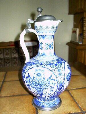 Nostalgie Große Mucha Keramik Trichter Vase Handbemalt zwei Damen Motive