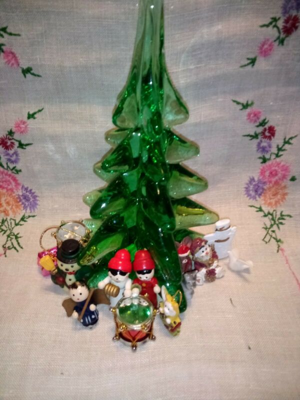 Christmas Tree Glass  With Decoration Made In Tawain