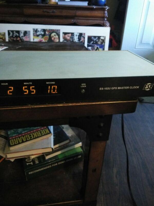 ESE ES-102U GPS Master Clock