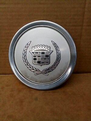 """1991 1992 1993 Cadillac Deville 15"""" Aluminum Wheel 1 Center Cap 560-04504     #4"""