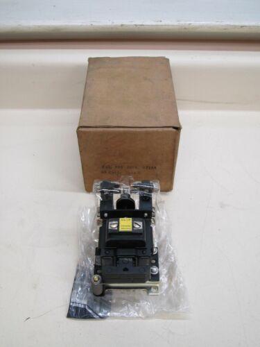 New Allen Bradley 700-B210A B-210A 0A11P 440V AC Control Relay Free Shipping