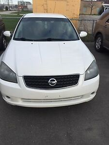 2006 Nissan altima $2650 fully certified