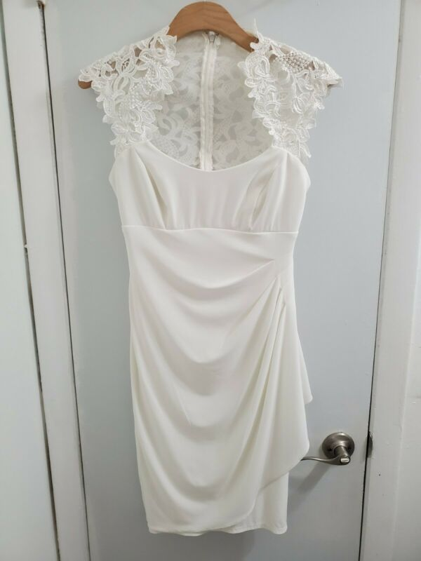 Cache White Dress, Lace & Solid White. Size 4. Knee Length.