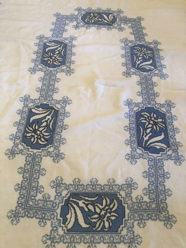 """Vintage Art Deco c1928 French hand embroidered linen tablecloth Lilies 50""""x  75"""""""