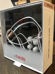 BRAND NEW! Special edition beats by dr.Dre
