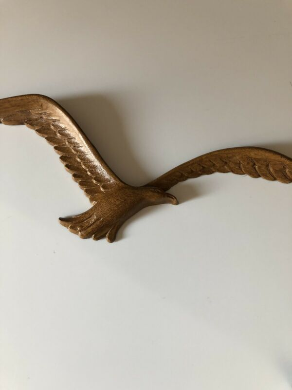 1980s HOMCO Seagull Plastic Faux Wood One Bird