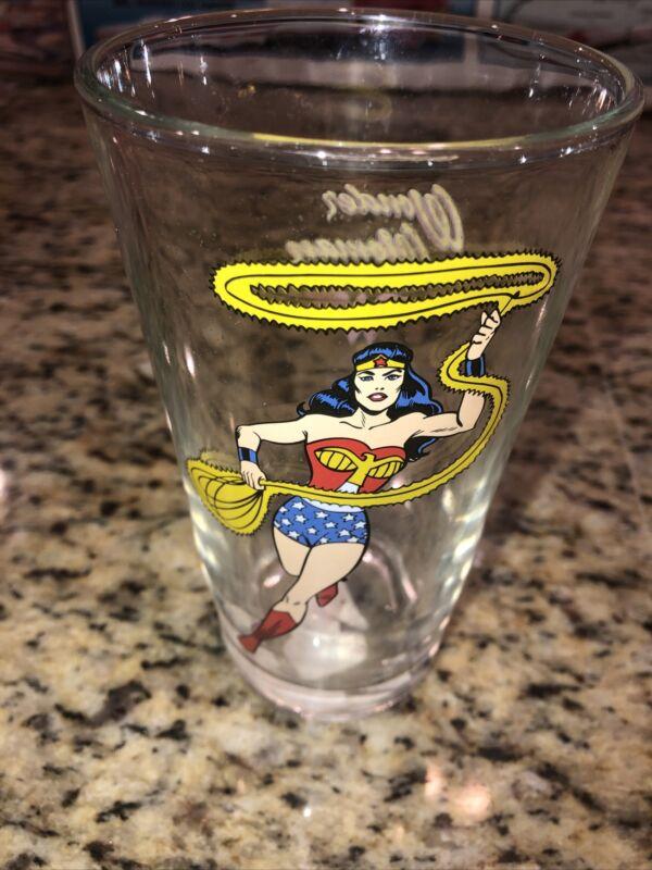 1999 Vintage DC Comics Wonder Woman Glass