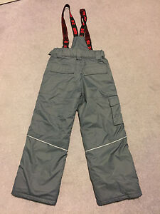 Boys size 12 winter coat and snow pant London Ontario image 10
