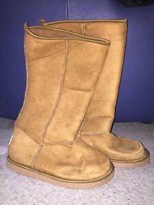 f37a8c52bd5 ugg boots in Armidale Region, NSW   Women's Shoes   Gumtree ...