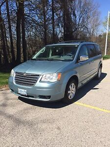 2009 Chrysler Town & Country Touring TVS Back Up Camera