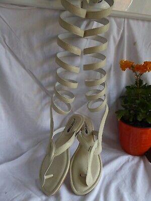 Womens Jeffrey Campbell unusual gladiator toe post cream sandals size 8  NEW