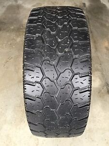One 35 12.50 20 Pro Comp Extreme A/T - Good Tread left