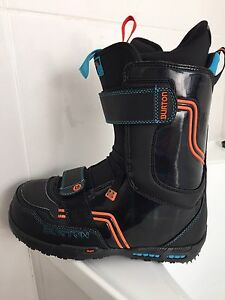 Limited edition Burton Tron Boots! Size 9 US Frankston Frankston Area Preview