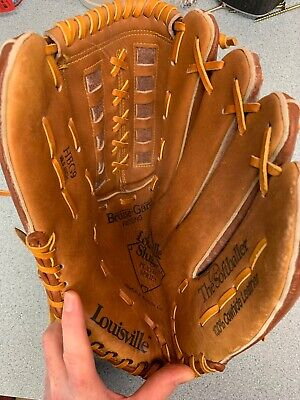 LOUISVILLE SLUGGER SOFTBALL GLOVE 13.5