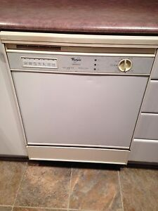 Diswasher lave vaiselle