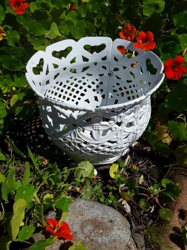 Vintage Cast Iron Footed Planter Jardinière Garden Basket Openwork Pot 11 inch
