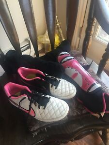 Nike cleats size 9 with socks and shin guards $25