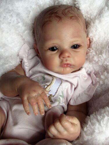 ~BEAUTIFUL BABY GIRL MEADOW SCULPT BY ANDREA ARCELLO