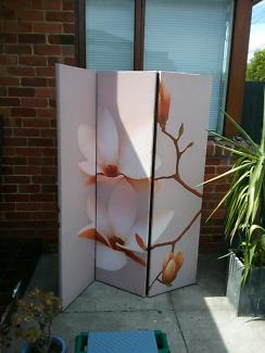 3 panel screen/room divider **PENDING PICKUP**