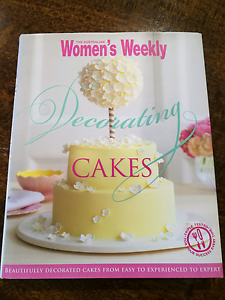Decorating Cakes - Australian Women's Weekly Ormeau Gold Coast North Preview