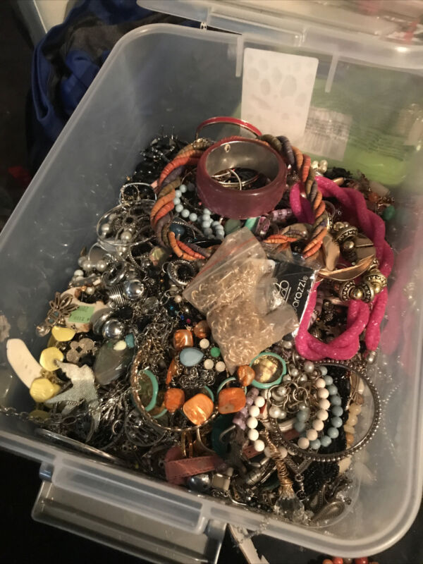 unsearched jewelry lot lbs