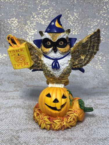 Lil Whoots Happy Owlidays Happy Owloween Owl Figurine Halloween