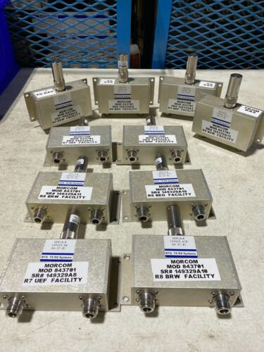One TX RX Systems 2 way power divider w/Bird 5-T-MN Resistor 5W 50 ohms, NOS