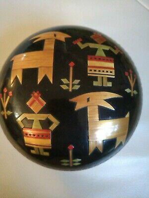 Box Black Round Lacquered Black Ecuador Vintage