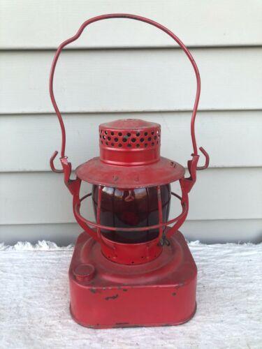 Dietz 8 Day Railroad N.Y.S. Lantern w/ Red Globe w/ Dietz Convex Burner