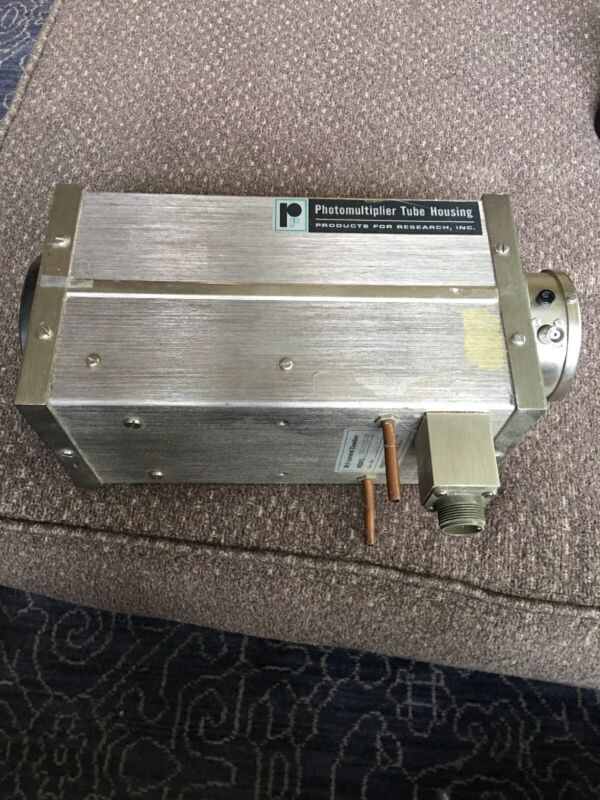 Products Research TE-104TS Refrigerated Photomultiplier Tube Housing w/ Socket