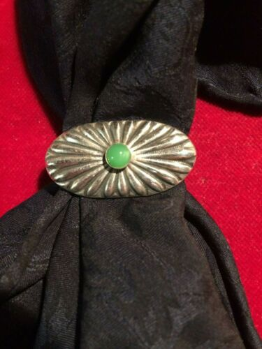 Scarf Slide / Wild Rag Slide :Sterling Fluted oval with Jade stone