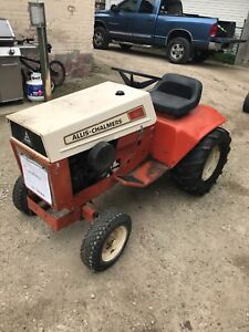 Allis Chalmers 310 pulling tractor  1'000 obo