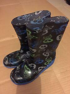 Waterproof boots size 13 kids Werrington Penrith Area Preview