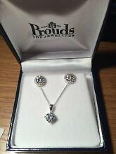 PROUDS EARRING AND NECKLACE SET URGENT SALE Annangrove The Hills District Preview