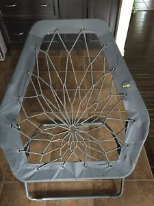 Bunjo Oversized Bungee Hex Chair