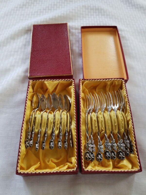 Hildesheim Rose Patterned 8 cake forks 8 Demitasse spoons 835 silver Germany