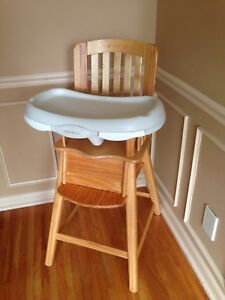 Eddie Bauer solid wood quality high chair with removable trays