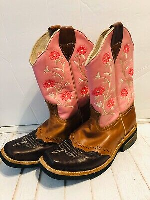 GIRLS UNBRANDED SQUARE TOE COWBOY IVORY BOOTS SIZE 4?