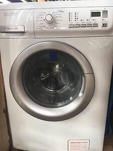 Electrolux 8kg Front Loader - Broken Clip Como South Perth Area Preview