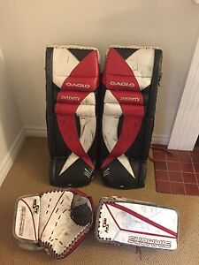 "35"" Eagle Infinity Goalie Pads + Simmons Glove Set"