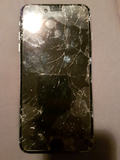 Iphone 6s plus (smashed screen)