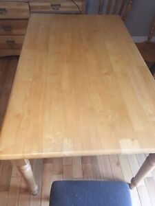 Solid wood dining table. 6x3ft