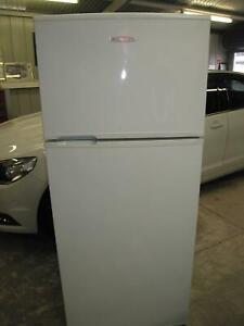 Kelvinator 420 L Fridge Freezer ( late model )